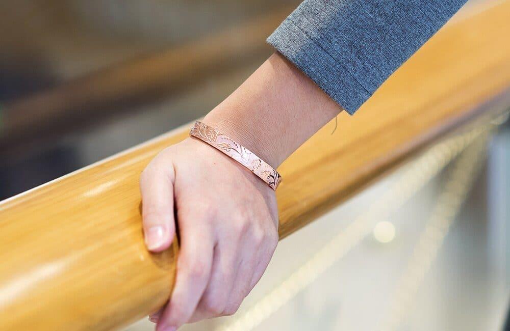 bracelet en cuivre 6 aimants