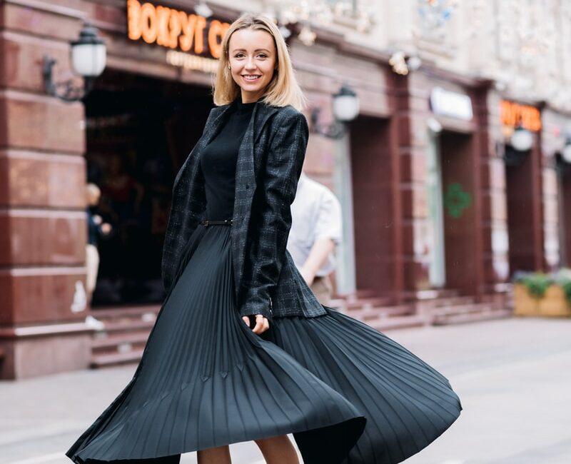 Quel look avec une jupe plissée ?